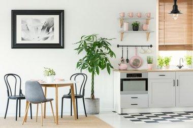 Køkkenstole | Find dine næste spisebordsstole her!